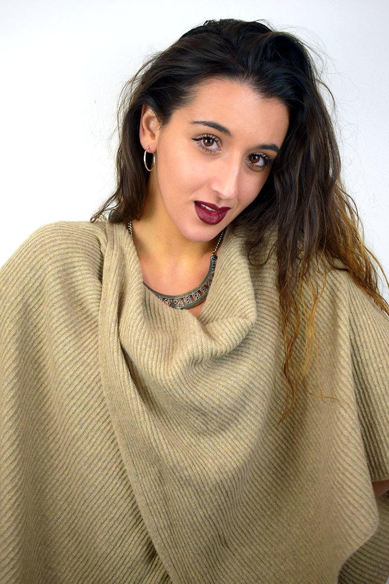 Poncho color beige in Puro Cashmere donna