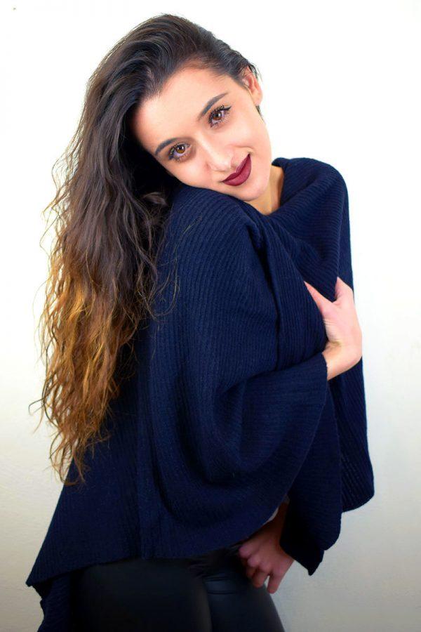 Poncho color blu notte in Puro Cashmere donna