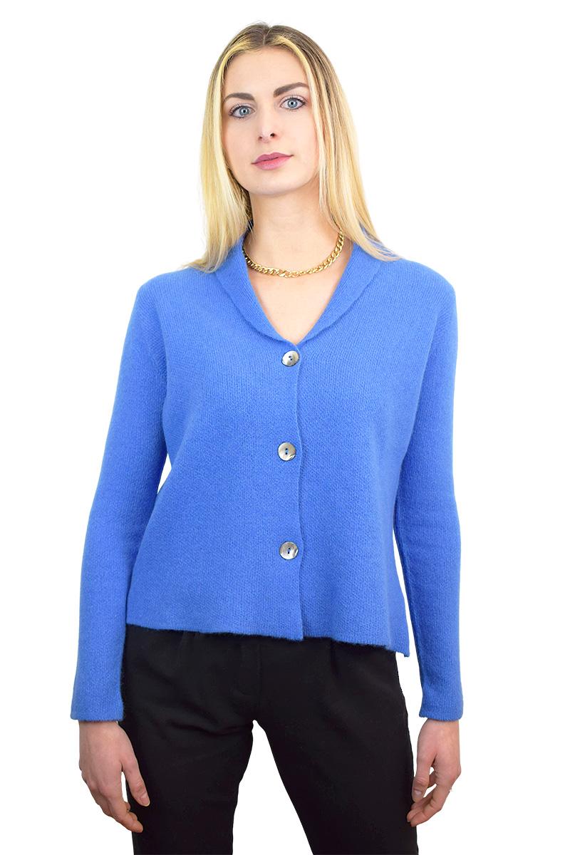 giacca azzurra in cashmere con tre bottoni da donna7