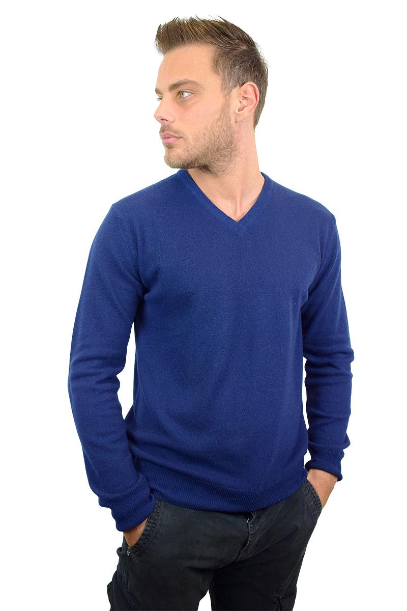 maglioncino blu navy con scollo a V da uomo2
