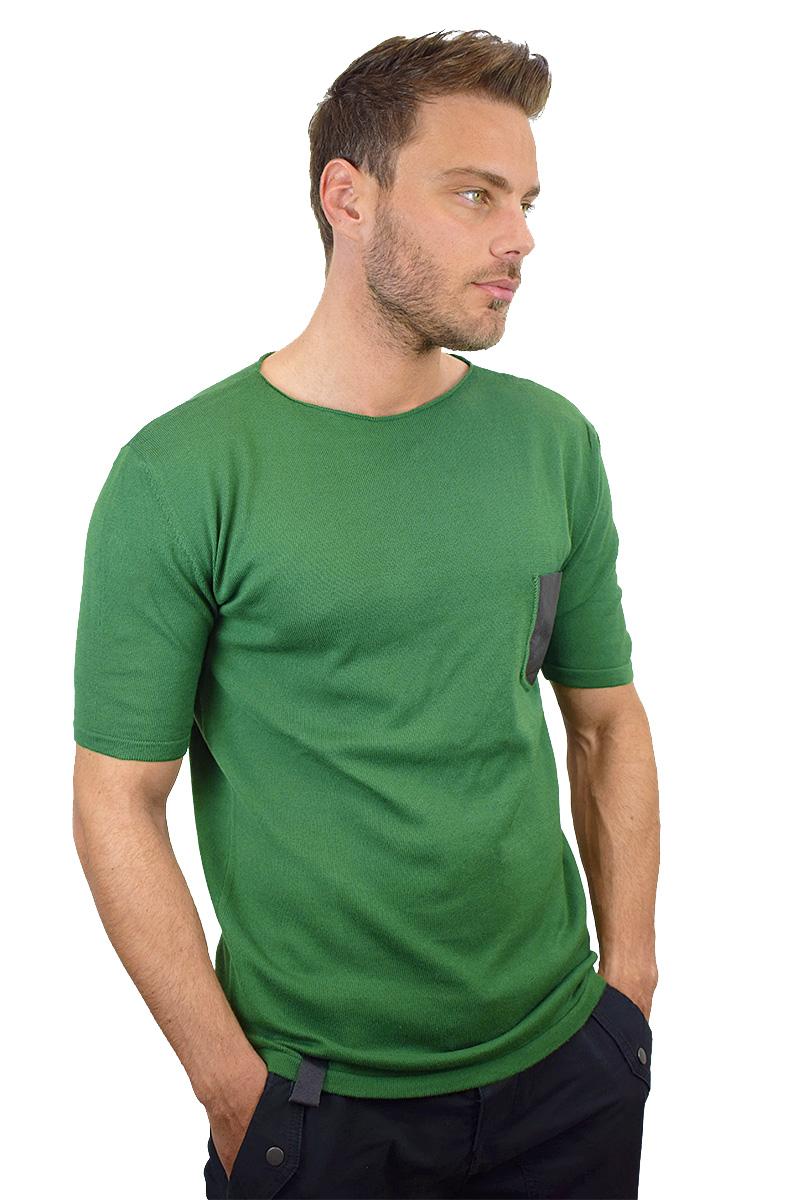 t-shirt verde con taschino nero in pelle cotone bio da uomo